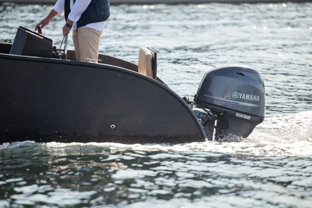 Futuro Boote Deutschland ZX20